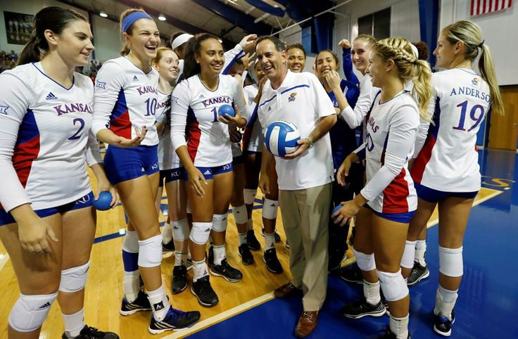University of Kansas Athletics - Volleyball Sweeps UMKC, Kansas Invitational