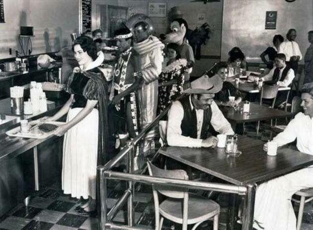 1961 - Disney Land Employee Cafeteria. via reddit