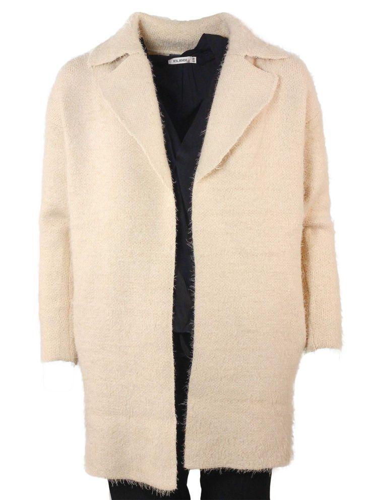 Entre la veste et le manteau se trouve ce magnifique cardigan beige ! Tout doux, et chaud, ce sera votre allié cet hiver. http://tinyurl.com/mfvmhbg  #cardigan #doux #chaud #veste