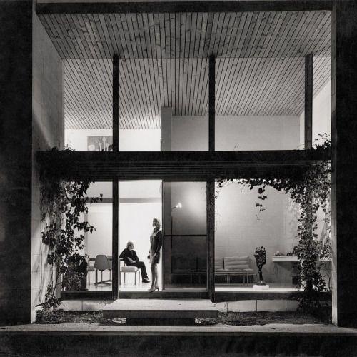 "20cmodern:  ""Vale architect Neil Everist (1929-2016). He and partner David McGlashan designed some of Australia's finest #midcenturymodern buildings. Shown here is the sublime Heide II Museum of Modern Art. News via @modernistaustralia"" by @gallerymidlandia on Instagram http://ift.tt/1UE54Ve"