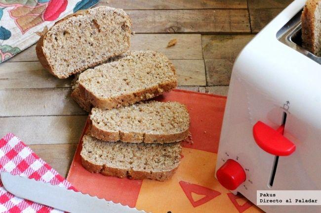 Este pan de molde multicereales hecho en casa está delicioso. Por eso lo hago con frecuencia. Es excelente para tostadas en el desayuno y también...