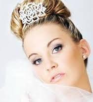 Resultado de imagem para modelo de tiaras para novia