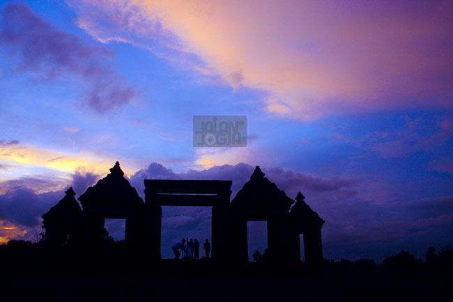 Istana Ratu Boko, Awal Kejayaan Sumatera Bermula