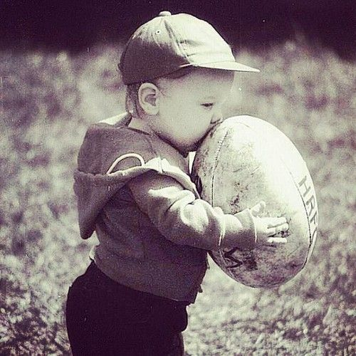 ♥ rugby. If they're anything like daddy.