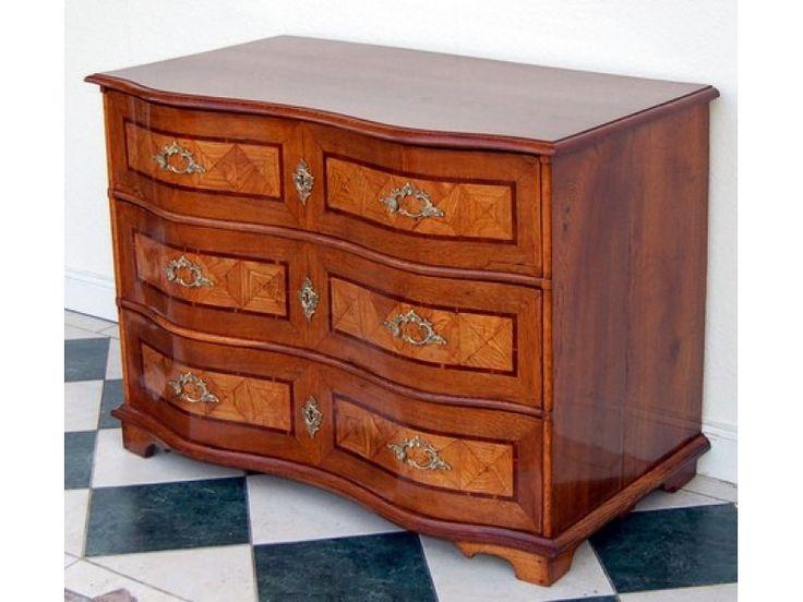 die besten 25 kommode antik ideen auf pinterest antike. Black Bedroom Furniture Sets. Home Design Ideas