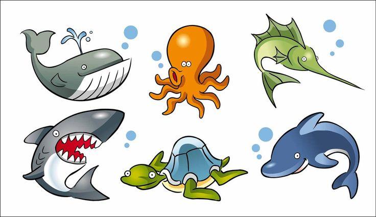 Caricaturas de animales marinos. ballena, tiburón, tortuga, delfín, pulpo, pez espada.