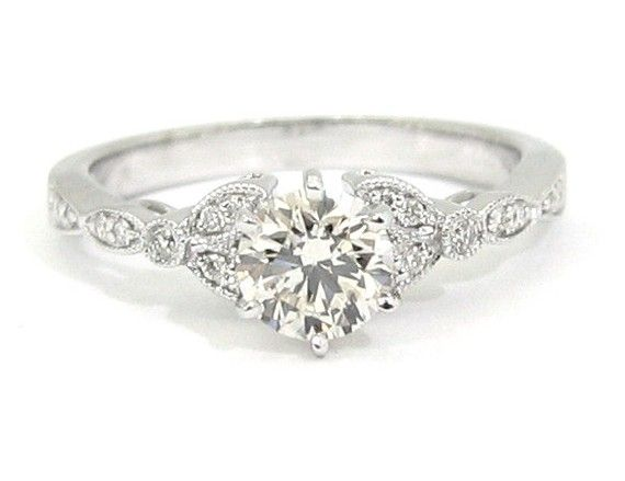 Really pretty: Diamond Engagement Rings, Vintage Style Wedding Rings, Antiques Diamonds, Vintage Engagement Rings Round, Baking Minute, Antiques Engagement Rings, Diamonds Engagement, Art Deco, Engagement Rings Round Vintage