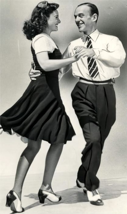 Paulette Goddard & Fred Astaire 40s swing dress print ad
