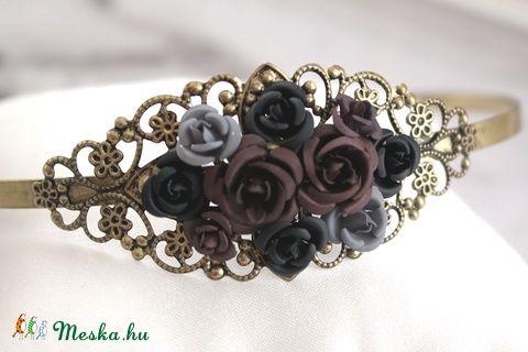 Meska - Barna szürke fekete virág hajpánt Aggies kézművestől
