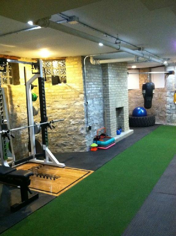Pinterest - Basement gym ideas ...
