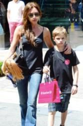 Victoria Beckham's Flared Jeans: Get the Look