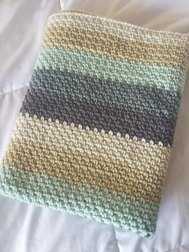 Moss Stitch 30 X 30 1 Caron Big Cake In Afternoon Tea