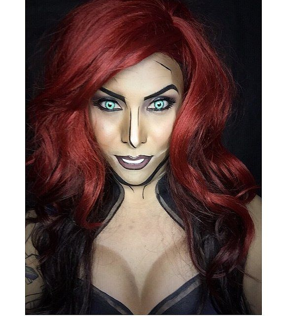 Argenis Pinal transforms himself and his models into superheroes and Marvel comic characters. Argenis relies solely on the magic of makeup to transform himself into the heroes we read about. Don't believe these aren't drawings? Black Widow.