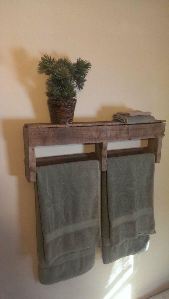 Los pequeños detalles en piedra o madera transformarán tu baño. Toma nota de este tip para darle a tu baño un toque rústico. #baño #decoración