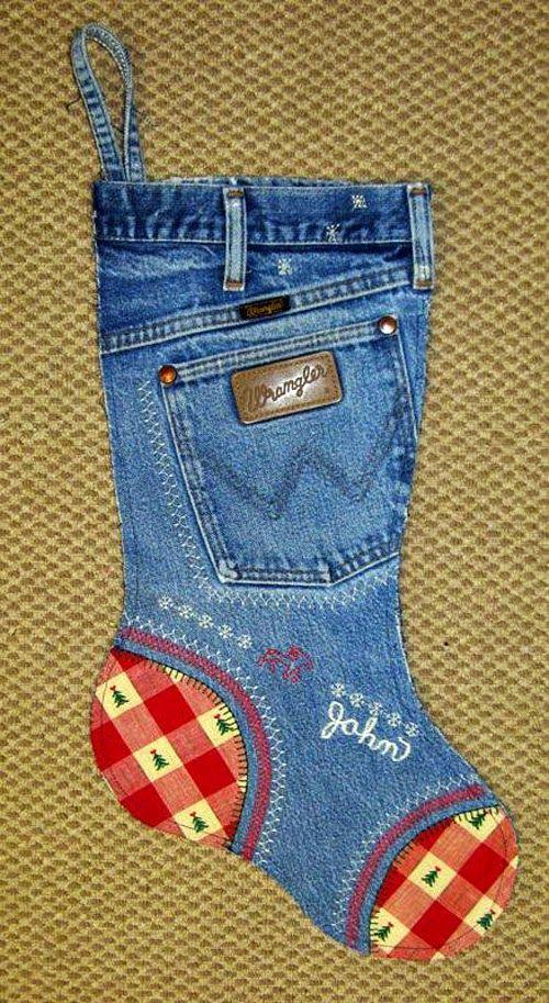 KARÁCSONYI DEKORÁCIÓK: Vicces és eredeti karácsonyi zoknik