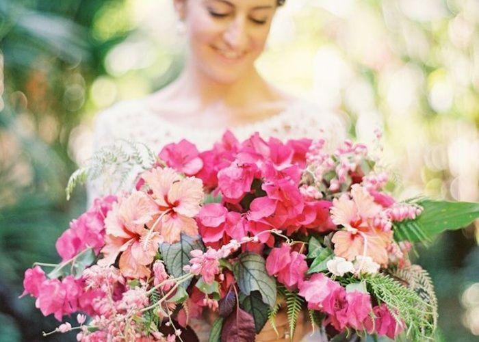 南国のお花♡フューシャピンクのブーゲンビリアが最高に可愛い♡
