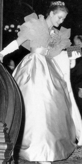 1959, Princess Grace of Monaco arriving for the Bal a L'Opera de Monte Carlo.