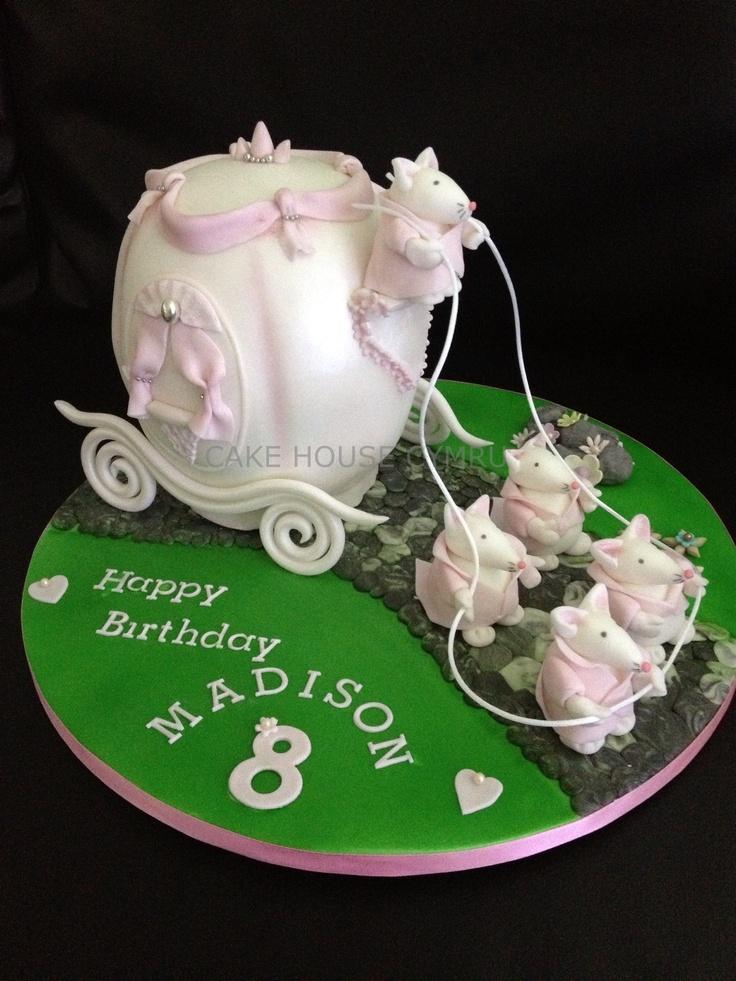 8th Birthday Cake - #Cinderella Carriage