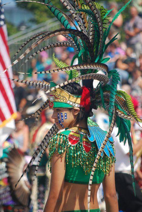 hot-aztec-girls-maduras-con-conchas-grandes