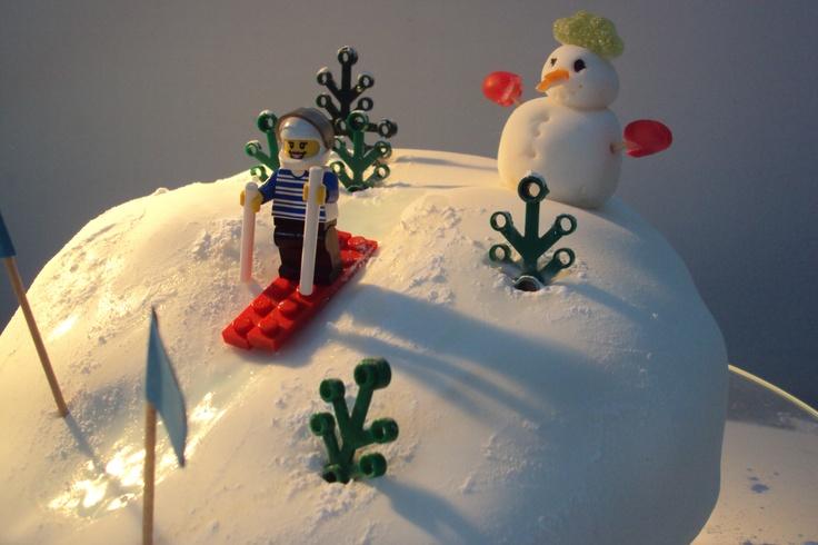 ski lego cake