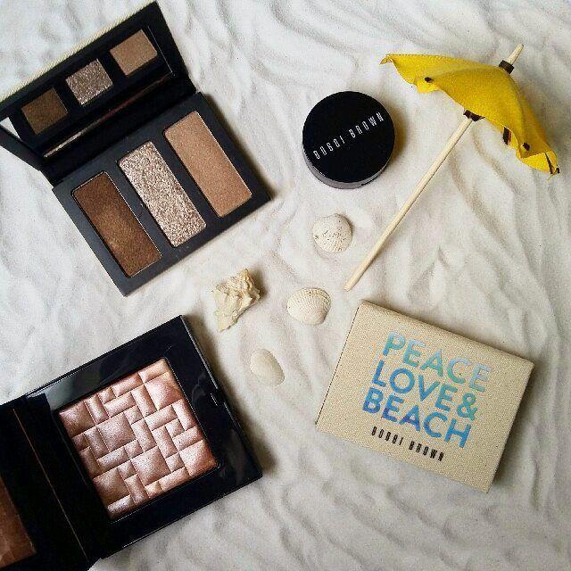PEACE.LOVE.BEACH de @bobbibrown �� Encantada con esta Edición limitada, los colores son los más bonitos y le quedan a todas las pieles. ¡Ya quiero hacerme mil looks! Estarán de venta todo el mes de Agosto ������ Eyeshadow: Love Highlight Powder: Tawny Glow . . . . . . . . #TipsdeFer #Beauty #BeautyBlogger #BeautyBlog #Belleza #Makeup #MakeupBlogger #makeupartist #Maquillaje #mua #bobbibrownmx #PeaceLoveBeach #eyeshadow #highlights #limitededition #luxurious #luxury #Fashion #FashionBlogger…