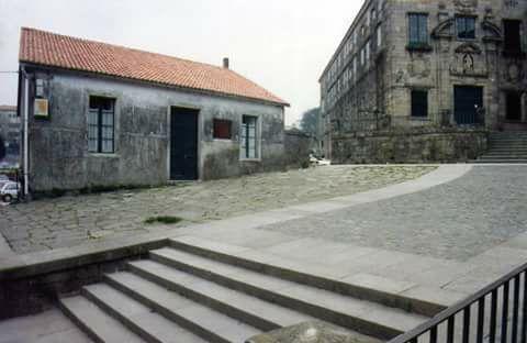"""""""La gota de leche"""". Ahora en su lugar está el museo de arte contemporáneo. Fotos antiguas de Compostela"""