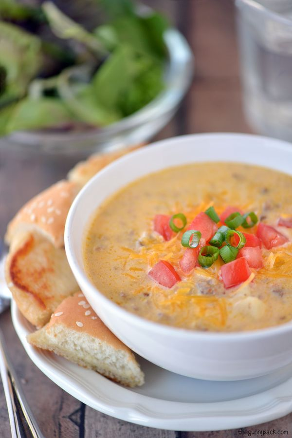 Easy dinner recipe for Bacon Cheeseburger Soup! Ready in 30 minutes! #sponsored