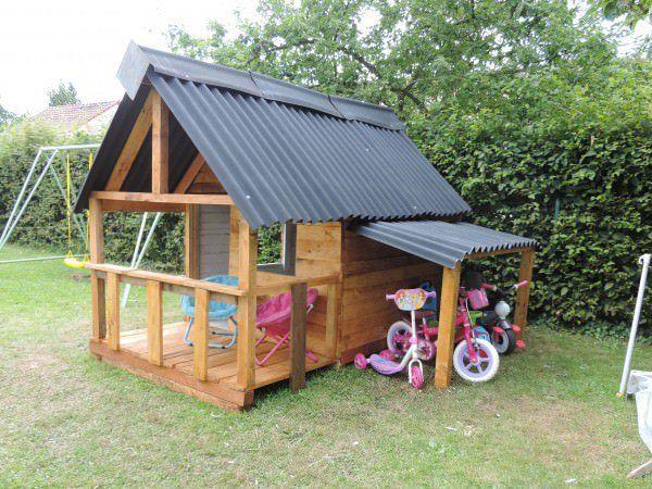Maison De Jardin Pour Enfant / Pallets Kids House