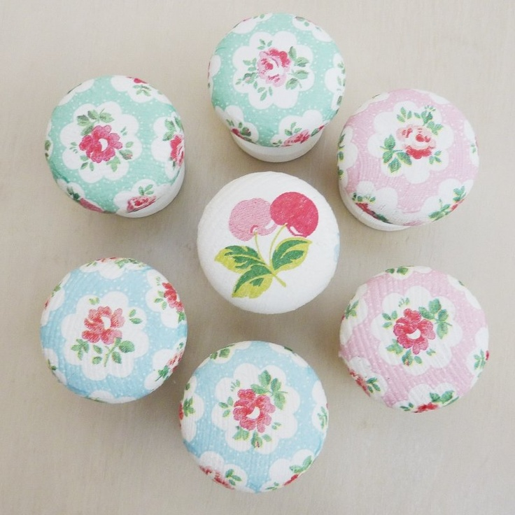 Shabby Chic Drawer Pulls - decoupage pretty fabric or a napkin on plain drawer pulls