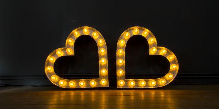 Lumi-naissance - Luminaires LED uniques et haut de gammes entièrement personnalisables