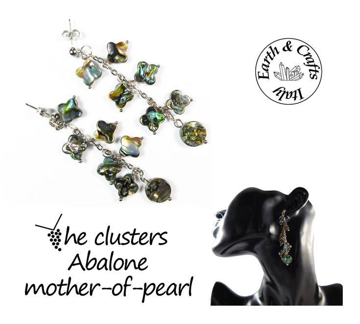 The clusters - Orecchini a grappolo – perno a pallina color argento – 12 quadrifogli e 2 due dischi in madreperla abalone (#228) di EarthandCraftsItaly su Etsy