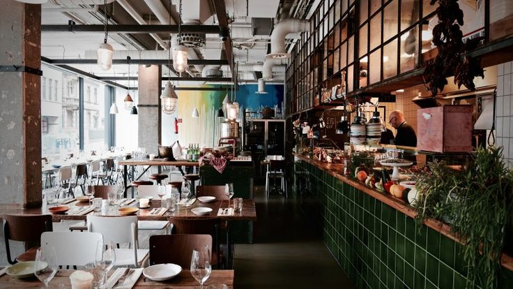 VAIVAI Italian Steak Restaurant - Food Look Feel!