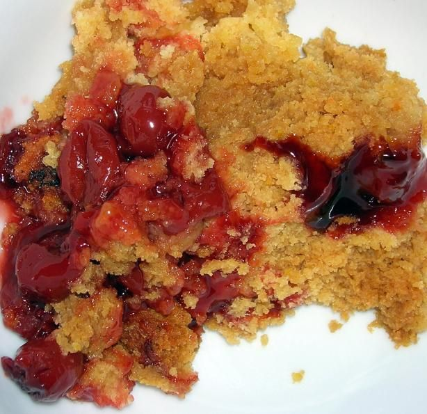 Crock Pot Apple or Cherry Cobbler Recipe Ingredients: 1 (21 ounce) can