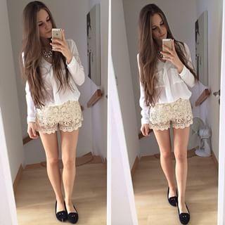 Caro @itscaroo Instagram profile - Pikore