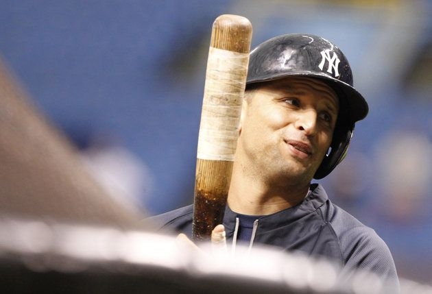 Report: Yankees send Martin Prado to Marlins in five-player trade