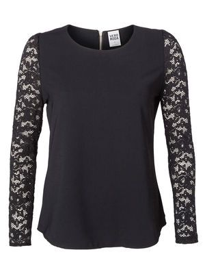 SIGNE L/S TOP MODA Holiday Countdown contest.  Pin to win the style!