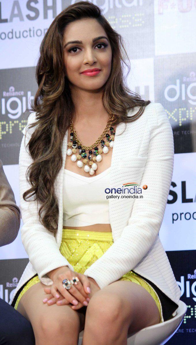 Kiara Advani Cute Gorgeous Indian Actress Pinterest