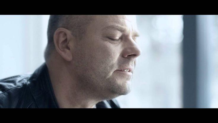 Jari Sillanpää - Sinä ansaitset kultaa (Official music video)