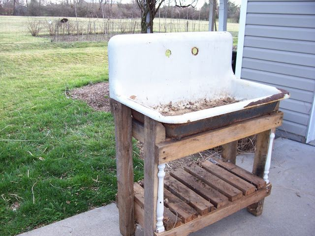 Captivating Sweet Vintage Of Mine: RE PURPOSED VINTAGE POTTING SINKS In The GARDEN