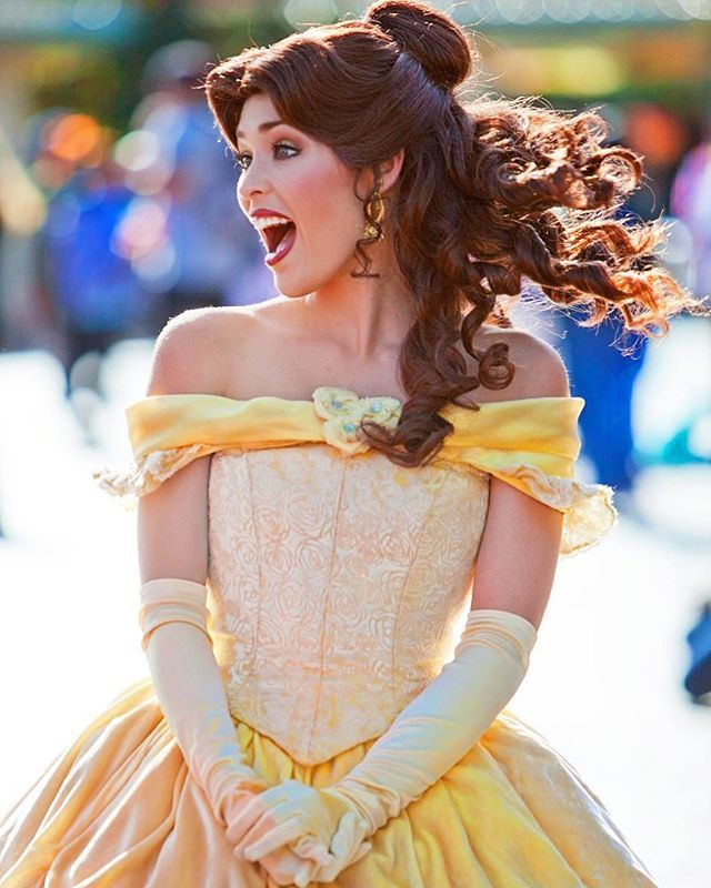A beauty, but a funny girl💛🌹💛Belle