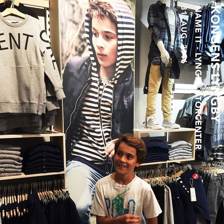 Just passing by the NameIt shop in the mall - and Marcus saw this big poster  My love Marcus  @marcusgottliebjakobsen  #family #love #happy #cute #picoftheday #smile #mumlife #kid #happiness #happinessishere #lifestyle  #kidsmodel #kids #kidsmodels #model #kidsmodeling #fashionkids #kidsfashion #fashion #instakids #modeling #littlemodel #childmodel #beautiful #models #kidsstyle #instagood #cutekids #childmodeling #nameit  @nameitkids @1kidmodelmanagement