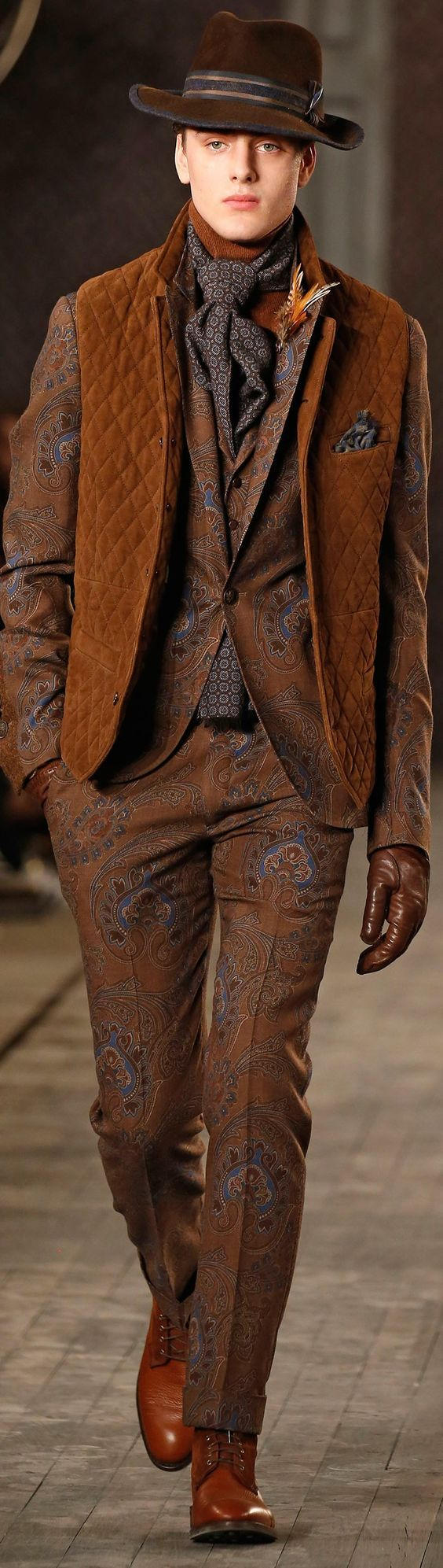 Joseph Abboud Fall 2016 Fashion Show Details