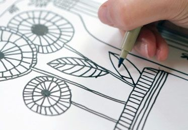 Basic Line Drawing by Lisa Congdon. http://api.creativebug.com/workshops/basic-line-drawing-2.   Creativebug - Craft classes to delight your creative side.