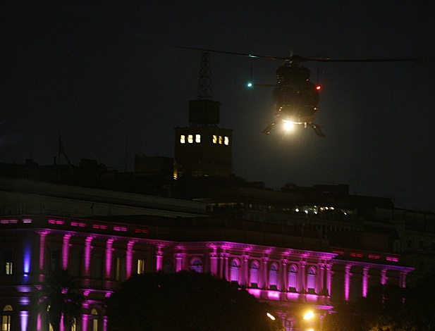 Visitor leaving the Casa Rosada by helicopter, La Casa Rosada is the Argentine White House