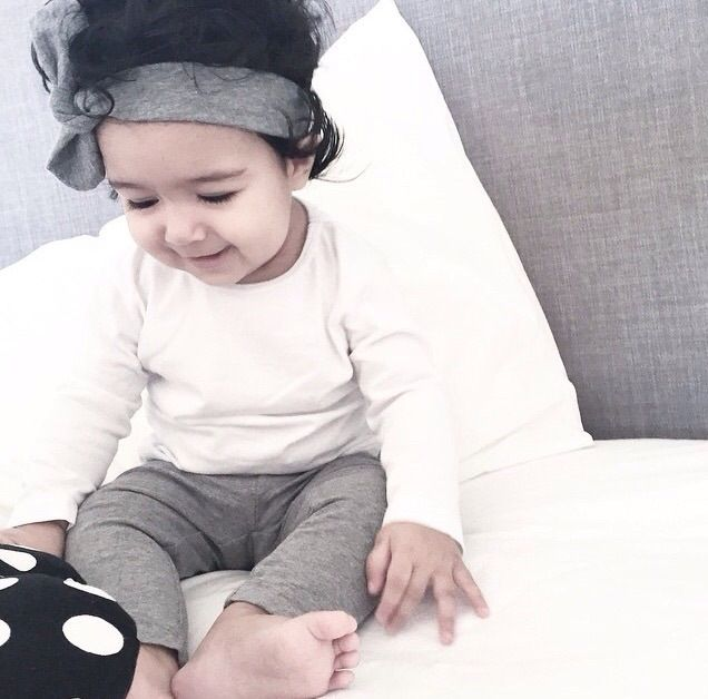 TopKnot Girl | Classic Grey BowKnot Headband | Available in all sizes.