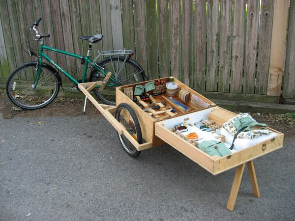 super cool bike trailer / kiosk