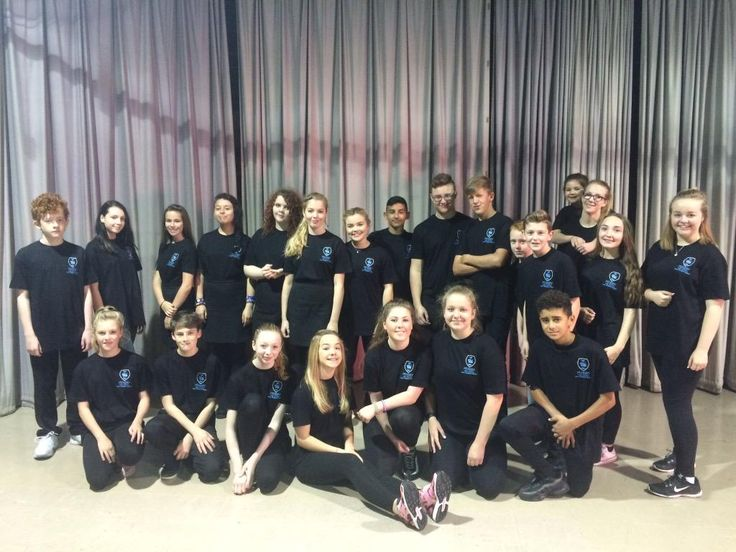 Super proud to be taking our Romeo and Juliet cast to their rehearsal @FloralPavilion with @SSF_UK