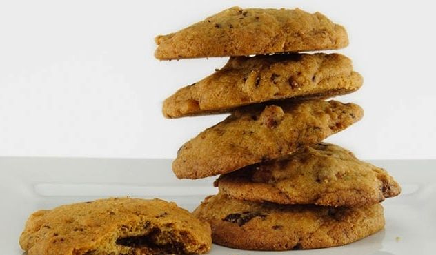 Bourbon Bacon Chocolate Cookies - The smoky, saltiness of the bacon pairs perfectly with the sweetness of the bourbon, chocolate and vanilla flavors. Makes 3 dozen cookies.   http://goodtaste.tv/recipes/showrecipe/display/bourbon-bacon-chocolate-cookies