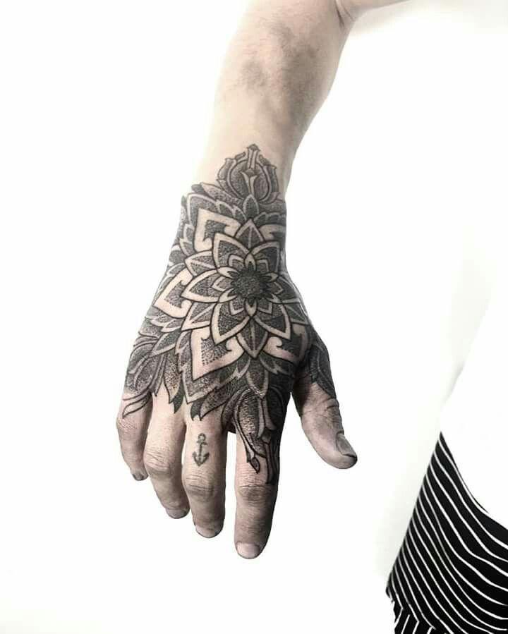 A Tattoo For Both Men And Women Tattoos Uniquetattoo Tattoosformen Tattoosf Hand Tattoo Tatto Tat Tatuagem Blessed Melhores Tatuagens Tatuagem Blackout