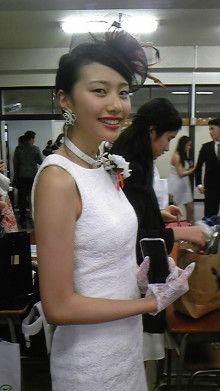 娘2紅甘、中学の卒業式です。 内田春菊オフィシャルブログ「基礎体温日記Ⅱ」Powered by Ameba